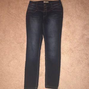 Barely worn skinny jeans